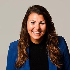 Lisa Rowe Headshot